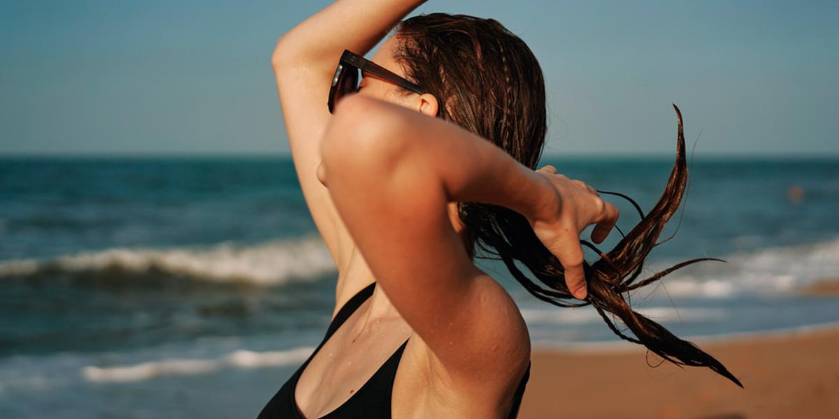 Finalizadores em dias de sol, piscina e mar